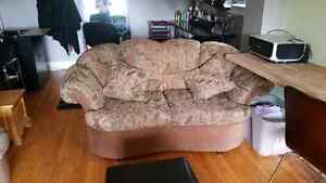 Couch and love seat  Cambridge Kitchener Area image 2