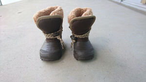 Size 7 toddler warm Sportek winter boots - Like new
