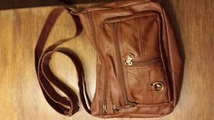 New purse. Brown /tan colour Stratford Kitchener Area image 1