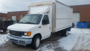 2005 Ford E-450 Super Duty 6.0 diesel