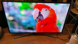"Samsung 40"" inch 4k ultra HDR LED tv"