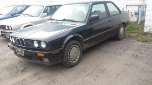 V BMW e30 318is Coupe 4 Cyl M42 5 Speed manual Feb 1991 Black EE