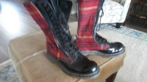 Dr Marten Plaid Women's Boots