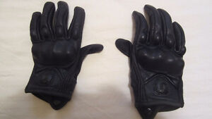 Icon Pursuit leather women's gloves - Size S - NEW