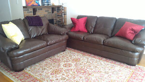 couch and loveseat in dark brown leather, mint cond