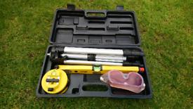 Silverline e SL01 laser level kit. £20. 00