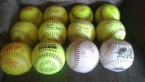 mixed color and brands softballs