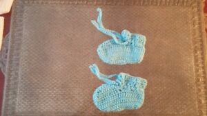Baby Woolen Caps, Shoes, Bibs, Blankets, Bands of any Color