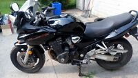 2005 Suzuki bandit 1200 s for sale or trade or swap lowered pric