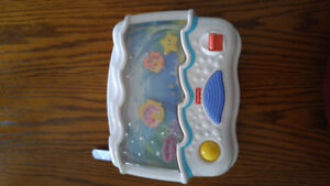 Fisher-price ocean wonders aquarium baby crib soother