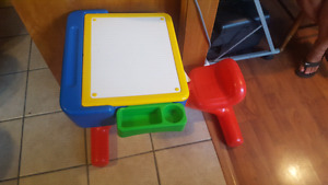 Toddler / kids desk