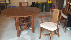 Hand crafted rattan table and four chairs Kawartha Lakes Peterborough Area image 1