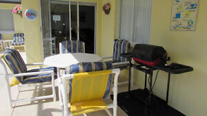 SEPTEMBER SPECIALS 4 bedroom pool home with private pool,