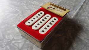 MINT Kinman AVN Traditional Stratocaster Pickups Mark II - RARE!