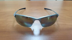 be05ae9d3a Oakley Metal | Kijiji in Ontario. - Buy, Sell & Save with Canada's ...