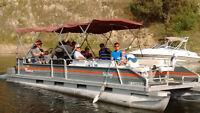 Pontoon boat 28' tracker 115 merc $8000 with trailer