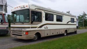 1997 Fleetwood Bounder W/ Generator RV for Sale