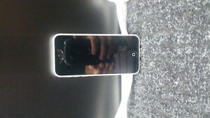 Selling White Iphone 5c with rogers & bell