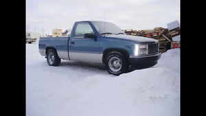 Looking for my first truck!! Blue and silver 1991 GMC Sierra