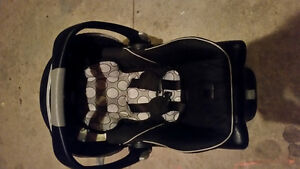 Britax B Ready Infant Car Seat and Base