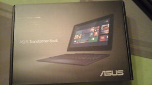 For sale . Asus Transformer Book.