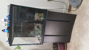 35 gallon aquarium with stand in excellent condition