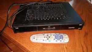 Bell express vu satellite receiver and dish