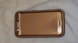 "Selling galaxy s6 32gb in otterbox defender case""MINT CONDITION"""