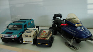 Collection : Petits camions miniatures