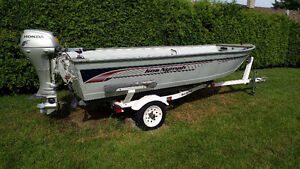 Aluminum fishing boat and trailer