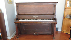 New Scale Williams Piano - Used