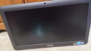 """19.5"""" ASUS ET2040 All-In-One PC"""
