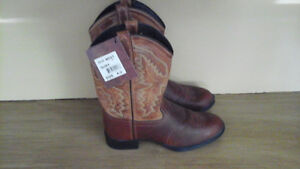 Girl's Western boots