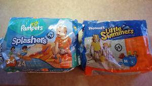 Couches de piscine Pampers Splashers