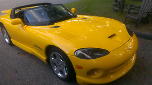 Dodge Viper 2002