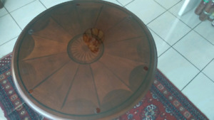 Bombay Glass Round Dining Table with Wooden Base & 4 Chairs