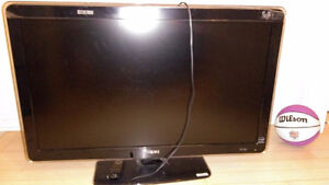 Philips 42 inches HD Tv 1080 with 120 Hz. Model 42PFL7403D/F7