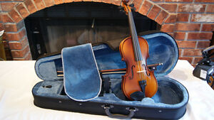 CHILDREN SIZE (1/8) VIOLIN
