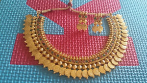 indian jewellery / necklace set