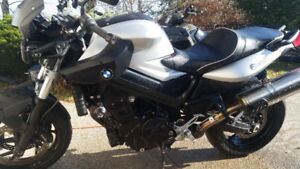 2010 BMW F800R - smooth, fast and comfy