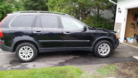 2005 Volvo XC90 leather SUV, Crossover, just awesome