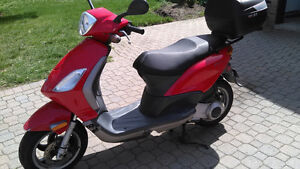 2006 Piaggio Fly 150 Scooter
