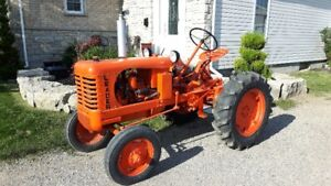 1948 Leader Antique Tractor