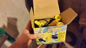 Air pump for tubes, watersports