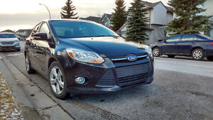 **2013 Ford Focus Sedan - Excellent Condition- REMOTE START**