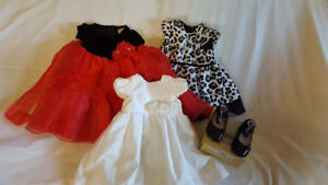 3 girls dresses with diaper covers and one pair Robeez 12 months