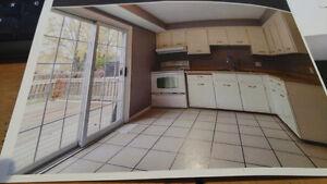 Semi detached house for rent - 3 bedroom Stratford Kitchener Area image 3