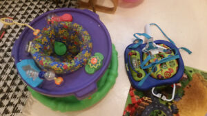 Exersaucer and jumperoo
