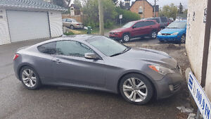 2010 Hyundai Genesis Coupe 3.8L Coupe (2 door)
