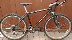 Specialized Rockhopper mountain bike Mint condition
